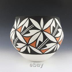Native American Acoma Pottery Olla By Mary Antonio