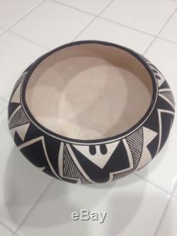 Native American Acoma Pueblo Pot by Sarah Garcia