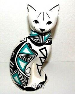 Native American Acoma Pueblo Pottery Cat Signed S Chino Figurine