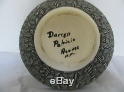 Native American Acoma Pueblo Pottery signed by Artist Darrell Patricio