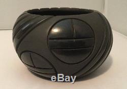 Native American Black Melon Pot by Miana Pablito from Santa Clara