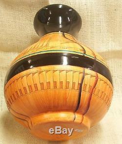Native American Dwayne Blackhorse Wood Grain Like Pottery Large Hummingbird Pot