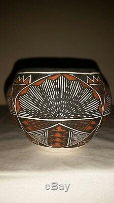 Native American Hand Coiled Pottery BOWL Signed VICTORINO, M - ACOMA, N. M