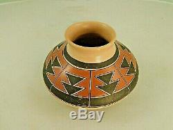 Native American Hopi Pottery Vase circa 1980's