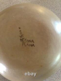Native American Hopi Seed Pot Pottery Signed Nona Naha. Free Shipping