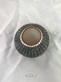 Native American Indian Acoma Eye Dazzler Traditional Pottery By Melissa Antonio