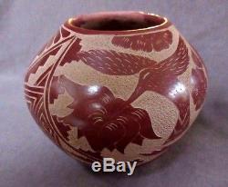 Native American Jemez Incised Hummingbird Pottery by Brenda Tafoya P0094
