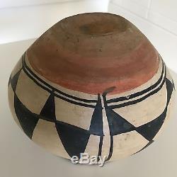 Native American Kewa Pueblo Aguilar (Santo Domingo) Polychrome Storage Jar