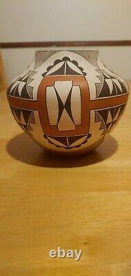 Native American, Laguna, Polychrome Pottery Olla, by Lee Ann Cheromiah