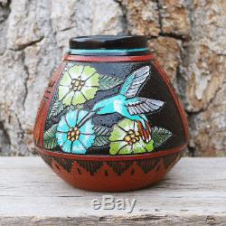 Native American Navajo Hummingbird Pottery Vase By Arnold Brown Navajo
