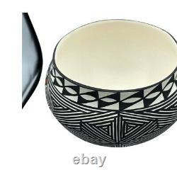 Native American Pottery Acoma Handmade Stunning Work Beautiful Vase