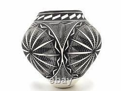 Native American Pottery Acoma Handmade Stunning Work Signed Kathy Victorino