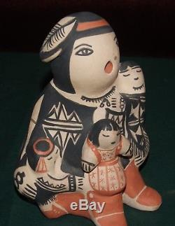 Native American Story Teller Cochiti N. M. Signed SnowFlake Flower 1991 6 1/2