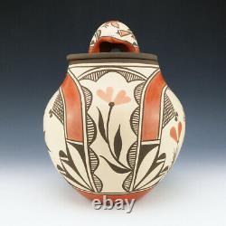 Native American Zia Pottery Jar By Elizabeth Medina