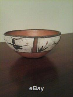 Native American Zia Pueblo Chili Bowl 1950-60, Condition commensurate with age