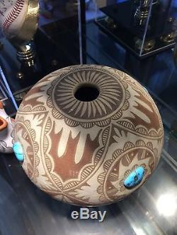 Native American polychrome Clay Bowl With 4 Large Torquios Stones. 20%off