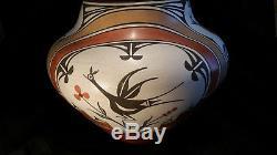 Native American pottery signed Sofia Medina Zia pot