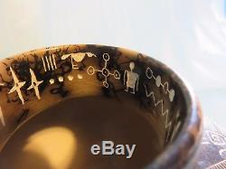 Navajo American Indian Etched Horsehair Pottery Healing Hand Signed Patt Yazzie