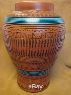 Navajo Indian Pottery Hand Etched Pot by Watchman! Native American