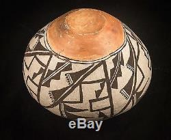 Old Acoma olla pot, native american