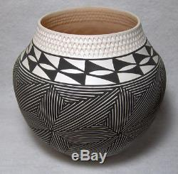 P. S. Garcia Native American Acoma hand coiled pottery 4 3/4 high