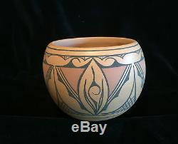 Pricilla Peynetsa Southwest Native American Indian Zuni Pueblo Pottery