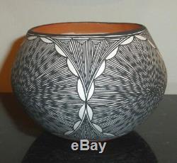 Pueblo Acoma Native American Pottery Bowl by Artist Roberta H. Trujillo SKY