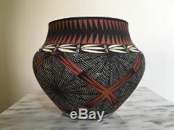 Pueblo Pottery Pot Native American