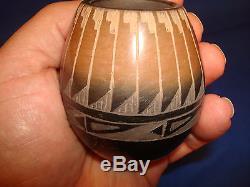 RARE AUTHENTIC Santa Clara Native American Indian Peublo Pottery by Corn Moquino