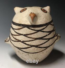 RARE Acoma Maria Z. Chino Native American Pottery Owl Figurine