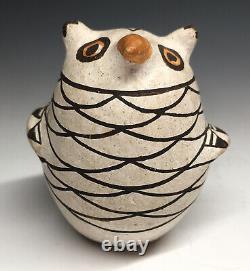 RARE Marie Z. Chino Owl Acoma Native American Pottery Figurine Pueblo Art
