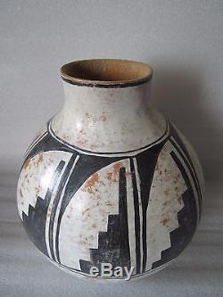 Rare Antique Native American Ashiwi Zuni New Mexico Hand Painted Gourd Olla