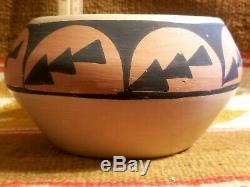 Rare Carlos Sunrise Dunlop Native American Pottery Pot San Ildefonso 1958-1981
