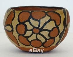 SANTO DOMINGO Vintage SANTA FE New Mexico NATIVE AMERICAN Painted Pottery Bowl