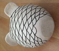 SARAH GARCIA Polychrome OWL Acoma Pueblo Pottery SIGNED figurine-Native American