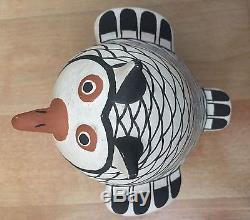 SIGNED Acoma Pueblo Native American SARAH GARCIA Polychrome Pottery OWL