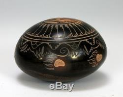 Santa Clara Pueblo Indian Pottery Bear Seed Pot Kevin Naranjo