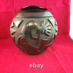 Santa Clara Pueblo Pottery Kokopelli Rose M Lewis Vase 2000 Native American