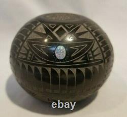 Santa Clara, Sioux Pottery ELMER RED STARR 2 1/2 X 3 Buffalo Sgraffito with OPAL