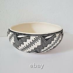 Sharon Stevens Hand Coiled Acoma Pueblo Bowl Pot Pottery New Mexico Southwest