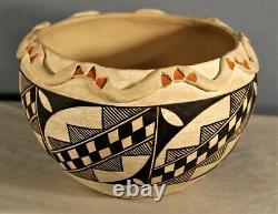 Southwest Native American Acoma Pueblo Pottery