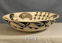 Southwest Native American Acoma Pueblo Pottery Bowl signed by Grace Chino