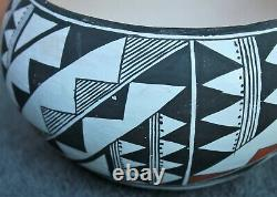Southwest Native American Acoma Pueblo Pottery Polychrome Bowl Unsigned Cir. 70s