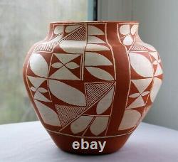 Southwest Native American Acoma Pueblo Pottery Unsigned Circa 1980s