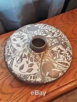 Southwest Native American Laguna Pueblo Pottery Signed S R Garcia Carved Slip
