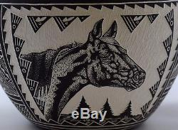 Superb Extra Large Robin Garcia Hand Carved Horse Bowl/free Ship