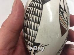 Sylvia Naha FEATHERWOMAN Hopi, Native American Vase