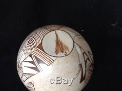 Sylvia Naha Hopi Feather Woman seed pot lizard signed excellent condition