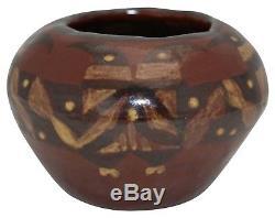 University Of North Dakota Pottery Bentonite Native American Bird Vase (Deziel)