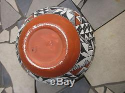 Very Large Acoma Pot Signed MC 11x 9 Stunning No Reserve. 99 One Of 4 Listing